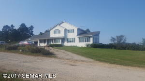 19666 County Road 28, Altura, MN 55910