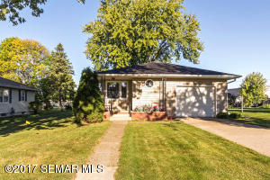 994 W Center Street, Lake City, MN 55041