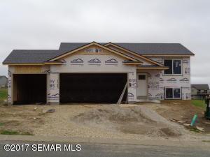 311 Prairie View Drive NE, Pine Island, MN 55963