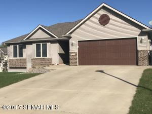 445 3rd Way SE, Dover, MN 55929