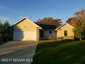 2835 Oakridge Drive SW, Rochester, MN 55902