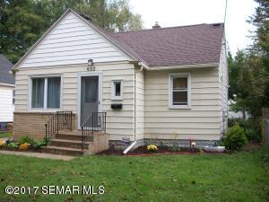 952 11th Avenue NE, Rochester, MN 55906
