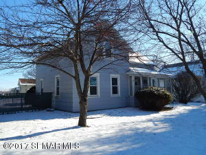 90 S Fremont Street, Lewiston, MN 55952