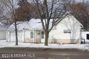 1611 4th Street SE, Rochester, MN 55904