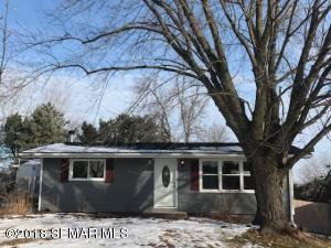 3882 Willow Heights Drive SW, Rochester, MN 55902