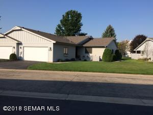 1709 Lakeview Drive SW, Rochester, MN 55902