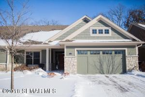 1016 Fox Valley Place SW, Rochester, MN 55902