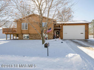 315 6th Avenue NE, Plainview, MN 55964