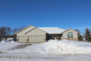 454 4th Street SW, Blooming Prairie, MN 55917