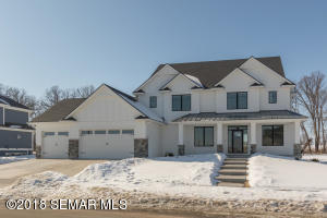 5195 Scenic View Drive SW, Rochester, MN 55902