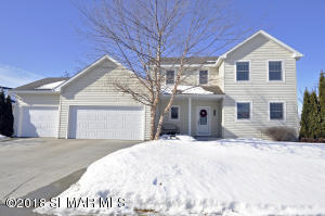 643 Forbrook Lane NW, Rochester, MN 55901