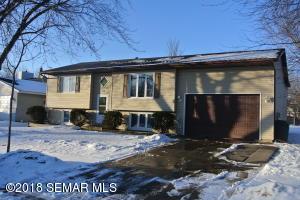 4327 Cimarron Court NW, Rochester, MN 55901