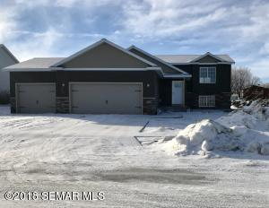417 8th Street NW, Dodge Center, MN 55927