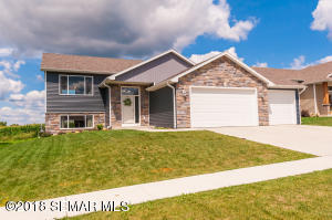 605 12th Street NW, Kasson, MN 55944
