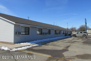 2102 Main Street E, Albert Lea, MN 56007