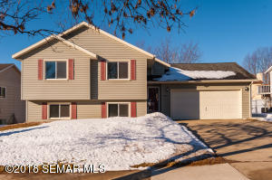6017 25th Avenue NW, Rochester, MN 55901
