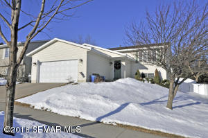 735 50th Avenue NW, Rochester, MN 55901