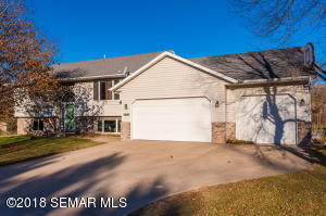 1019 Idso Court, St. Charles, MN 55972