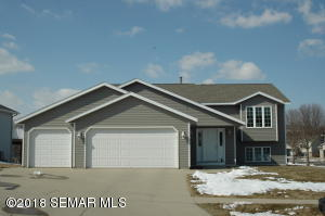 3505 42nd Street NW, Rochester, MN 55901