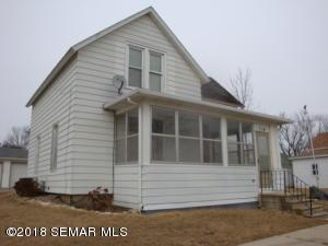 114 Bartlett Street E, Wykoff, MN 55990