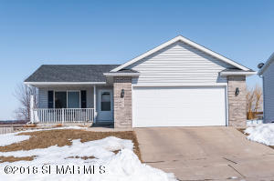 5867 Kingsbury Drive NW, Rochester, MN 55901