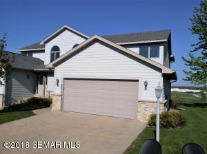 4 Bed/ 4 Bath Walk-Out Superior Ridge Townhome!