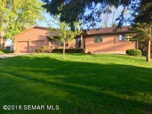 821 Pleasant Avenue, Zumbrota, MN 55992