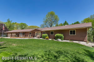3015 Valleywood Drive SW, Rochester, MN 55902
