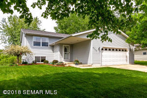 2409 52nd Street NW, Rochester, MN 55901