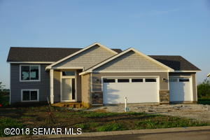 1404 2nd Street NW, Kasson, MN 55944