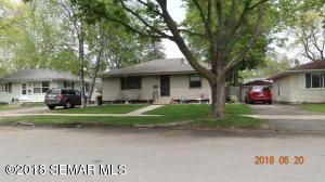 909 13 1/2 Street SE, Rochester, MN 55904