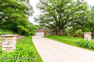 564 Bluff Road NW, Rochester, MN 55901