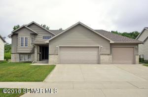 5121 Florence Drive NW, Rochester, MN 55901