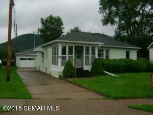 859 Gilmore Avenue, Winona, MN 55987