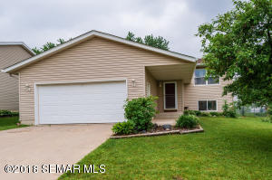 4611 7th Street NW, Rochester, MN 55901