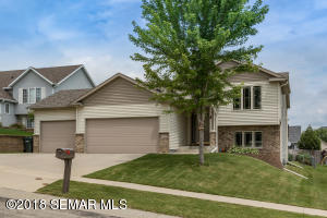 6032 Portsmouth Drive NW, Rochester, MN 55901