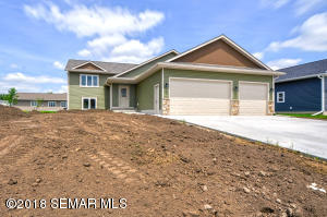 230 7th Ave SE, Plainview, MN 55964