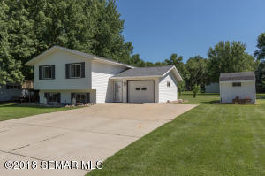 201 6th Street SE, Hayfield, MN 55940
