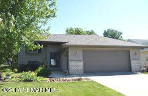 640 7th Avenue NW, Plainview, MN 55964