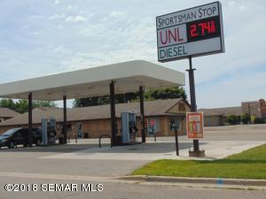 1818 State Street N, Waseca, MN 56093