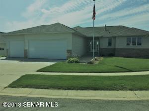 3260 Lakeridge Dr. NW, Rochester, MN 55901