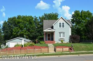 345 3rd Street SW, Plainview, MN 55964