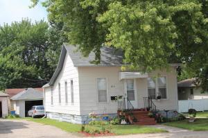810 S Oak Avenue, Owatonna, MN 55060
