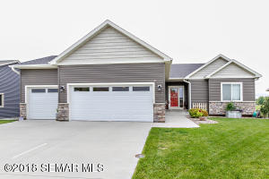 1006 Parkview Avenue NW, Kasson, MN 55944