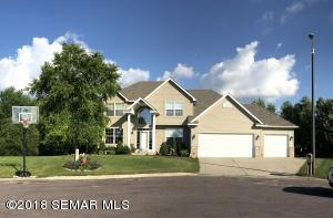 1207 18th Ave Court NW, Faribault, MN 55021