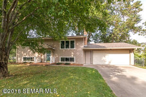 2037 Northgate Court NW, Rochester, MN 55901