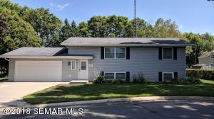 209 5th Avenue NE, Hayfield, MN 55940