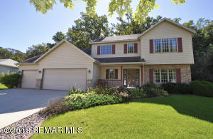 918 Southern Woods Place SW, Rochester, MN 55902