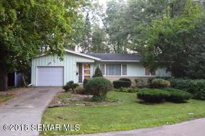 972 11 1/2 Street SW, Rochester, MN 55902