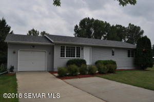 816 4th Street NW, Byron, MN 55920